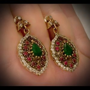 Frenchy Woman Exquisite Ruby Emerald Earrings .925